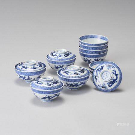 一組8件 青花龍紋蓋碗一組