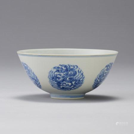 「大明成化年製」款 青花圖鳳紋碗