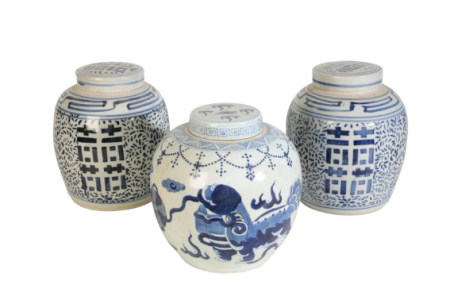 A PAIR OF CHINESE BLUE AND WHITE GINGER JARS AND COVERS