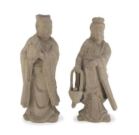 A PAIR OF CHINESE CERAMIC SCULPTURES DEPICTING WAITERS. 20TH CENTURY. A BROKEN NECK.