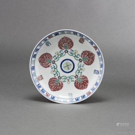 A BLUE AND WHITE AND WUCAI DISH, WITH QIANLONG MARK