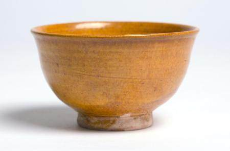 A CHINESE AMBER GLAZED TEA BOWL LIAO DYNASTY (916-1125)