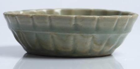 A CHINESE LONGQUAN CELADON BRUSH WASHER YUAN DYNASTY (1279-1368)