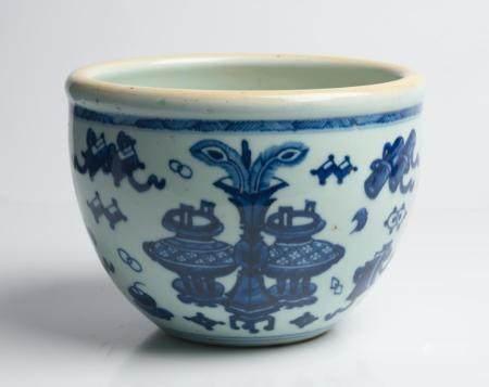 A CHINESE BLUE AND WHITE 'JUANGANG' JAR QING DYNASTY, YONGZHENG PERIOD (1722-1735)