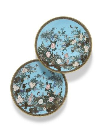 A PAIR OF JAPANESE TURQUOISE-GROUND CLOISONNE ENAMEL CHARGERS MEIJI PERIOD (1868-1912)
