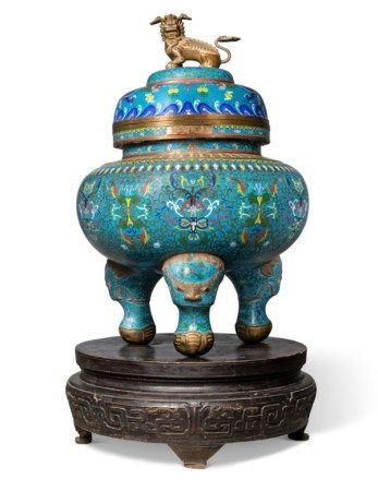 A CHINESE CLOISONNE-ENAMEL LARGE TRIPOD CENSOR AND COVER, ON STAND 20TH CENTURY