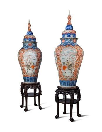 A PAIR OF LARGE JAPANESE IMARI VASES AND COVERS, ON STANDS LATE 19TH CENTURY