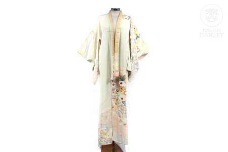 Kimono de mujer, japonés, de seda, med.s.XX