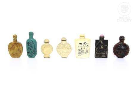 Lote de siete botellas de rapé, s.XX