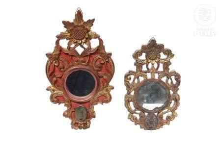 Pareja de espejos de madera tallada, Peranakan.