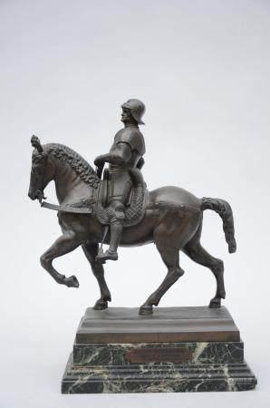 A bronze sculpture 'Bartolomeo Colleoni on horseback' (tot. h 41cm)