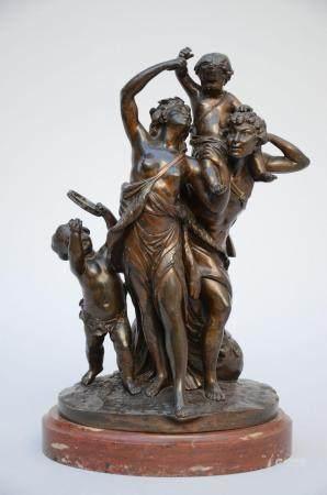 Clodion: bronze statue 'bacchanal scene' (h 38 cm)