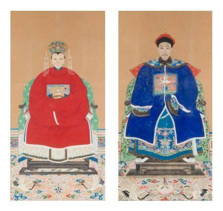 Chine, fin de la période Qing (1644-1912)Paire de portraits de dignitaires représentés assis. L
