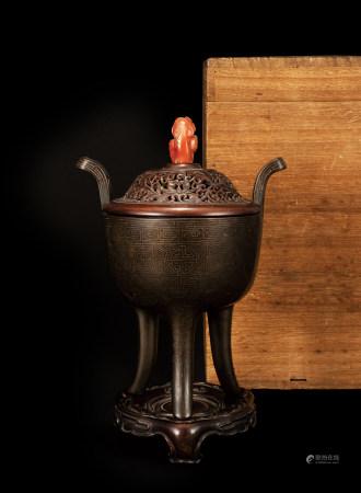 明 石叟銅錯銀絲香爐