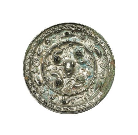 唐 海獸葡萄鏡