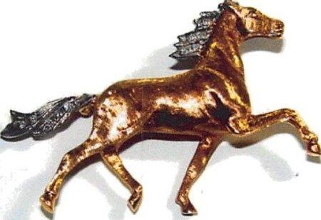 18K GOLD DIAMOND SET HORSE BROOCH