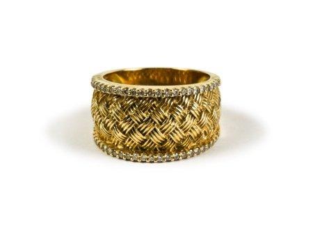 14K GOLD DIAMOND SET 'BASKETWEAVE' RING
