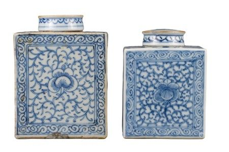 TWO CHINESE BLUE AND WHITE PORCELAIN TEA CADDIES, JIAQING PERIOD, EARLY 19th CENTURY