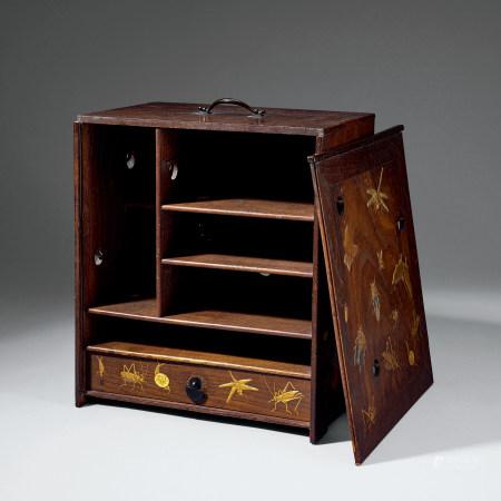 桑木浮雕萬生紋茶箱