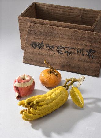 萬象作柑桔、佛手、蘋果象牙擺件
