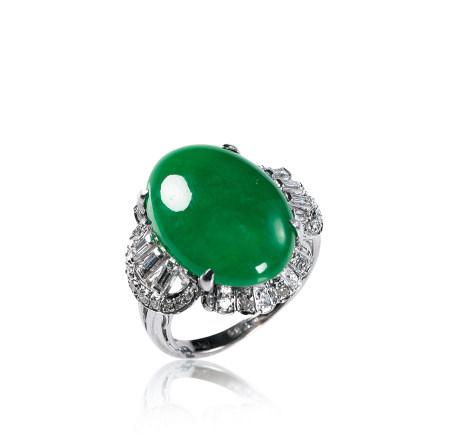 鑲鑽翡翠戒指