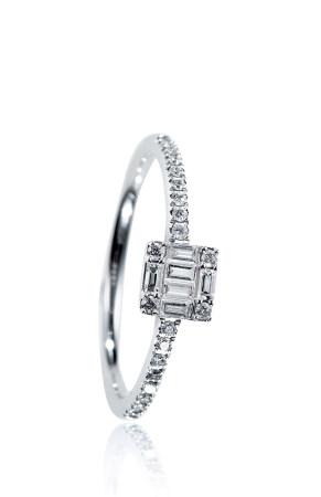 18K方鑽戒指