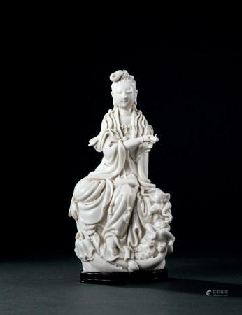 清·康熙 德化窯白瓷觀音像