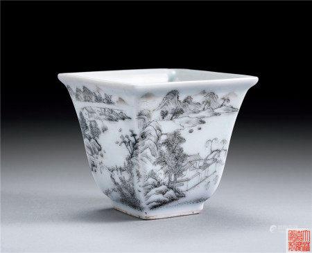 清·嘉慶 官窯墨彩方杯(景德鎮官窯)