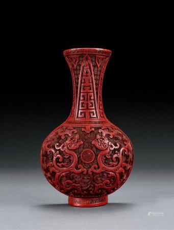 清 剔紅螭龍紋壁瓶