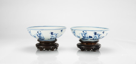 """Qing - A Pair Of Blue And White """"Eight Immortals And Shou Lao"""" Bowls"""