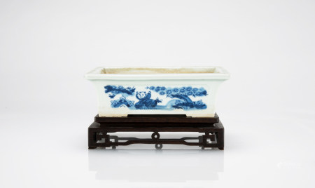 Late Qing/Republic - A Blue And White Daffodil Flower Pot (wood stand)