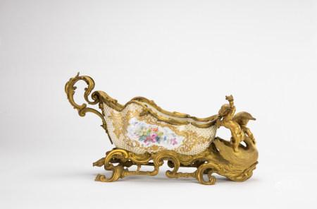 18th Cententy - A Louis XV Style Ormolu - Mounted Porcelain Sleigh - Form Center Bowl