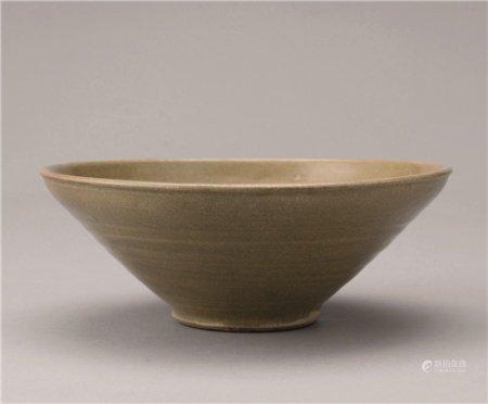 晋代(265-439) 越窑弦纹斗笠盏