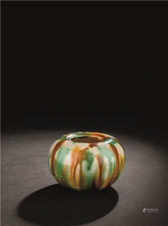 唐代(618-907) 三彩丸壶