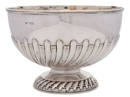 An Edwardian silver bowl, maker William Hutton & Sons Ltd, London,
