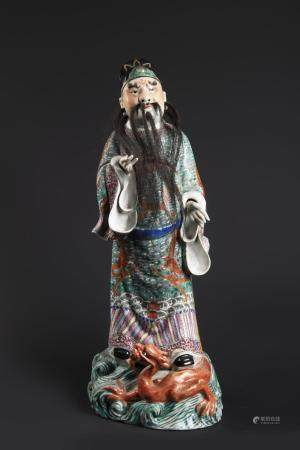 FIGURE OF A DIGNITARY IN DRAGON ROBE
