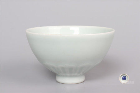 Lovely White Glaze Bowl with Dark Carved Floral Pattern 甜白釉暗刻花卉纹碗