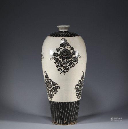 宋代.磁州窯梅瓶