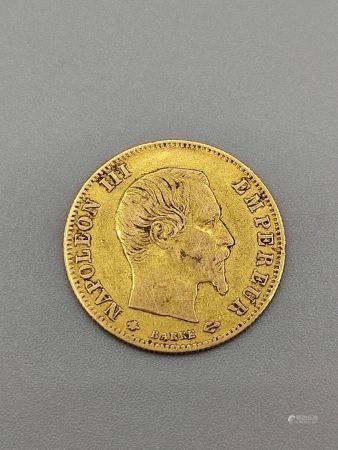 Pièce de 5 Francs en or Napoléon III Tête Nue 1860. Poids: 1.6 g.