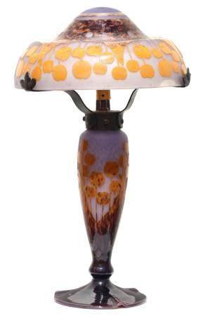 A Schneider, LeVere Francais Cameo Glass Lamp