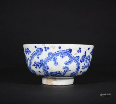 青花龙纹碗