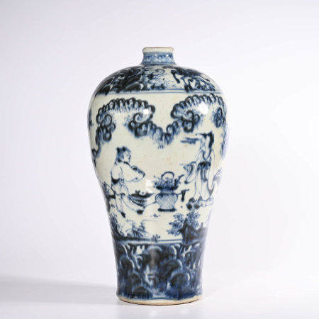 A Large Blue and White Meiping Vase