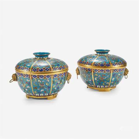 A pair of Chinese cloisonné covered circular bowls, 18th/19th Century