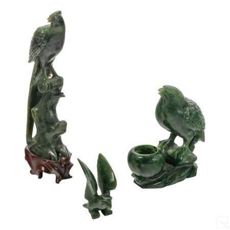 Chinese Carved Spinach Jade Bird Figurines Group
