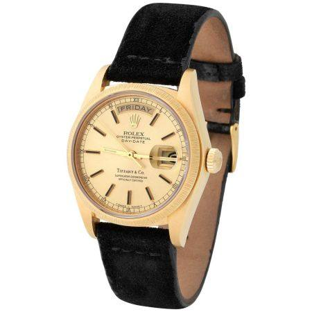 Rolex. Special and Refined Day-Date Automatic Wristwatch in Yellow Gold, Reference 18 078, With