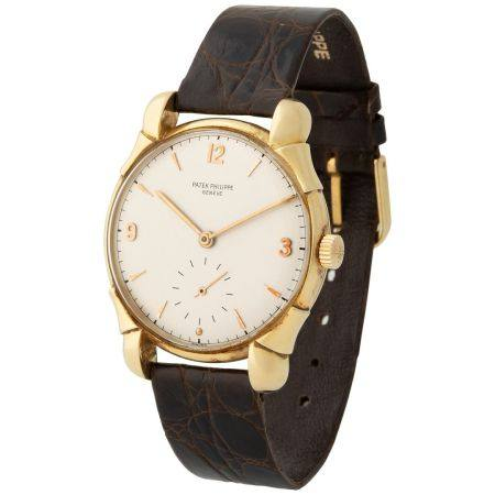 Patek Philippe. Extremely Rare and Very Elegant Calatrava in Yellow Gold, Reference 1598, With