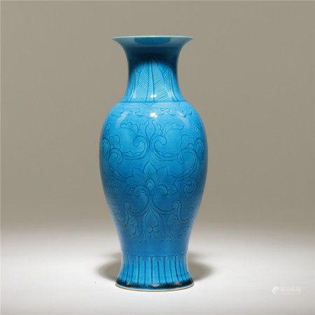民國 孔雀藍釉花卉紋瓶