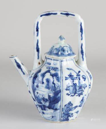 17th - 18th Century Chinese Kang Xi teapot