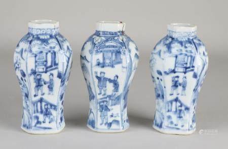 3 Chinese Kang Xi vases