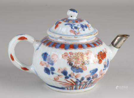Chinese Imari teapot with silver spout